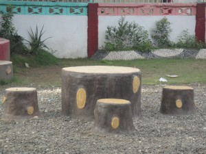 tree table and stools